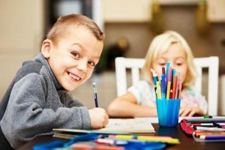 Como conseguir que mis hijos hagan los deberes